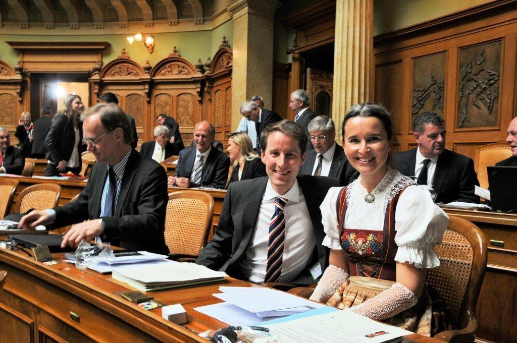 Yvette Estermann mit dem neugewählten Nationalrat Thomas Aeschi